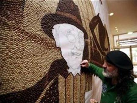 Ấn tượng bức tranh làm từ 1 triệu hạt cà phê